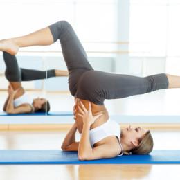 Proč jsem se při cvičení jógy přestala dívat do zrcadla