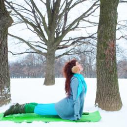 2 důvody, proč je zima pro jógu ideální